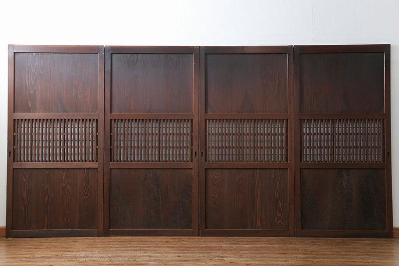 古家具 明治時代の格子帯戸。