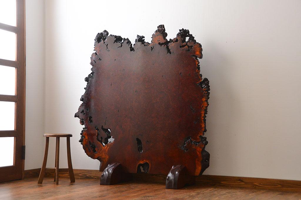 父の収集品とあわせて手放した古家具の輪切り衝立。