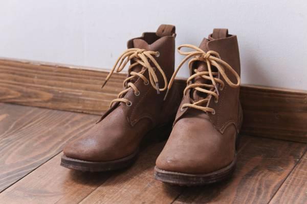 高齢の父が集めたコレクション品 日本陸軍の編上靴(軍靴)。