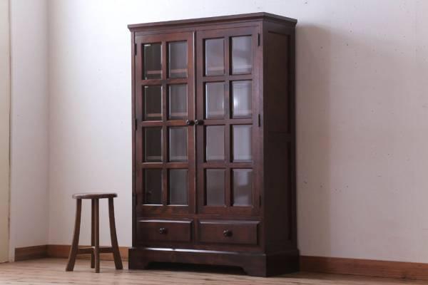 物置になっていた書斎から片付けた北海道民芸家具のブックケース(本棚)。