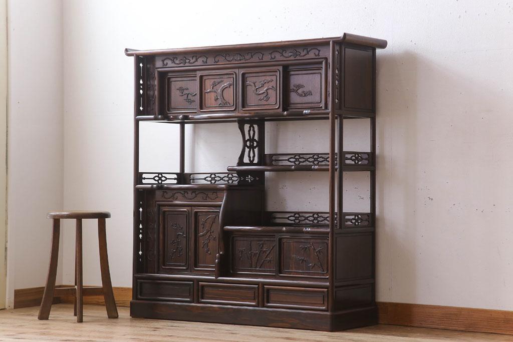 リフォームに備えて処分した古い飾り棚。